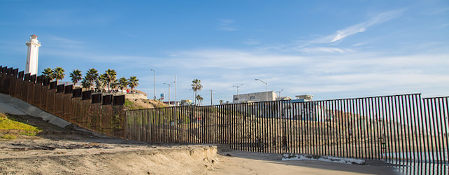 Friendship trumps racism at San Diego border park